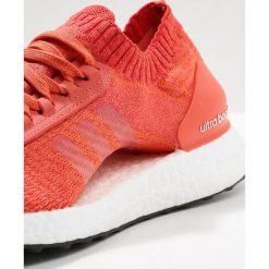 Buty damskie: adidas Performance ULTRA BOOST X Obuwie do biegania treningowe trace scarlett/crystal white/traora