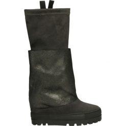 Kozaki - 706 C-P FUCIL. Czarne buty zimowe damskie marki Born2be, z materiału, z okrągłym noskiem, na niskim obcasie, na koturnie. Za 349,00 zł.