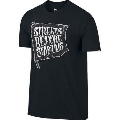 Nike Koszulka męska Football Verbiage Tee czarna r. M (832869 010). Białe koszulki sportowe męskie marki Adidas, l, z jersey, do piłki nożnej. Za 82,47 zł.