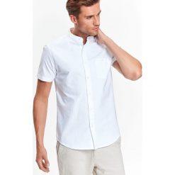 KOSZULA KRÓTKI RĘKAW MĘSKA. Szare koszule męskie na spinki Top Secret, na jesień, m, z klasycznym kołnierzykiem, z krótkim rękawem. Za 29,99 zł.