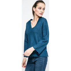 Jacqueline de Yong - Sweter Duo. Szare swetry klasyczne damskie Jacqueline de Yong, l, z dzianiny. W wyprzedaży za 49,90 zł.