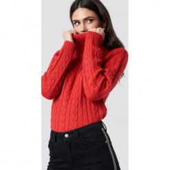 Rut&Circle Sweter z golfem - Red. Zielone golfy damskie marki Rut&Circle, z dzianiny, z okrągłym kołnierzem. Za 121,95 zł.