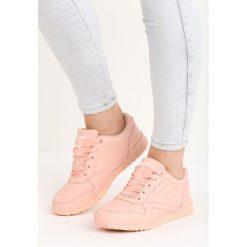 Różowe Buty Sportowe Most Wanted. Czerwone buty sportowe damskie marki Born2be, z materiału. Za 79,99 zł.