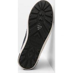 Blackstone Botki sznurowane navy. Brązowe buty zimowe damskie marki Blackstone. W wyprzedaży za 607,20 zł.