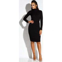 Sukienki: Czarna Sukienka z Wycięciem na Plecach
