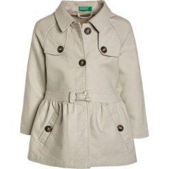 Benetton Płaszcz wełniany /Płaszcz klasyczny beige. Brązowe kurtki chłopięce marki Benetton, z bawełny. Za 209,00 zł.
