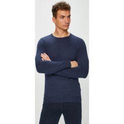 Wrangler - Sweter. Czarne swetry klasyczne męskie Wrangler, l, z bawełny, z okrągłym kołnierzem. Za 199,90 zł.
