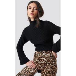 Rut&Circle Sweter w prążki Quini - Black. Szare swetry klasyczne damskie marki Vila, l, z dzianiny, z okrągłym kołnierzem. Za 121,95 zł.