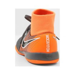 Nike Performance JR OBRAX 2 ACADEMY DF IC Halówki dark grey/black/total orange/white. Czarne buty sportowe męskie Nike Performance, z materiału. W wyprzedaży za 195,30 zł.