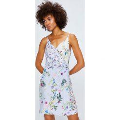 Answear - Sukienka Violet Kiss. Szare sukienki mini ANSWEAR, na co dzień, l, z tkaniny, casualowe, proste. W wyprzedaży za 89,90 zł.