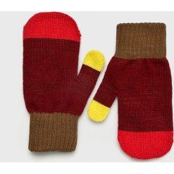 True Spin - Rękawiczki. Czerwone rękawiczki damskie True Spin, z dzianiny. W wyprzedaży za 29,90 zł.
