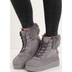 Ciemnoszare Śniegowce Heat Up. Szare buty zimowe damskie Born2be. Za 44,99 zł.
