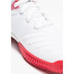 Adidas Performance BARRICADE 2018 Obuwie multicourt footwear white/core black. Brązowe buty sportowe chłopięce marki adidas Performance, z gumy. Za 299,00 zł.