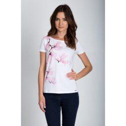 Bluzki asymetryczne: Biała bluzka w magnolie QUIOSQUE