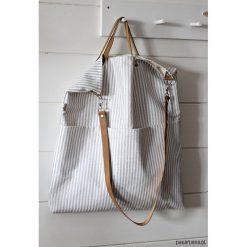 Torba w paski. Białe torebki klasyczne damskie Pakamera, w paski, z bawełny. Za 189,00 zł.