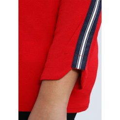 Bluzki asymetryczne: Zizzi Bluzka z długim rękawem high risk red