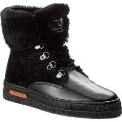 Botki GANT - Maria 15541146 Black G00. Czarne buty zimowe damskie GANT, z materiału. W wyprzedaży za 429,00 zł.