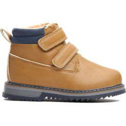 Camelowe Traperki Go Ahead. Brązowe buty zimowe chłopięce Born2be, ze skóry, na rzepy. Za 64,99 zł.