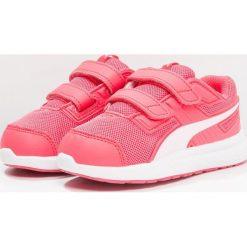 Puma ESCAPER Obuwie do biegania treningowe paradise pink/pearl. Czerwone buty sportowe dziewczęce Puma, z gumy. Za 129,00 zł.