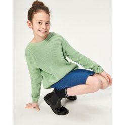 Swetry damskie: Sweter ze sznurowaniem na plecach – Zielony
