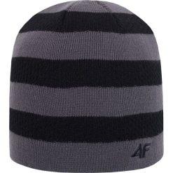 Czapka męska CAM204Z - czarny - 4F. Czarne czapki męskie 4f, na jesień, z materiału. Za 22,99 zł.