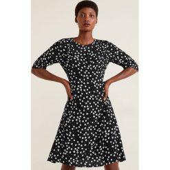 Mango - Sukienka Paris. Szare sukienki mini marki Mango, na co dzień, l, z tkaniny, casualowe, z dekoltem halter, na ramiączkach, rozkloszowane. Za 139,90 zł.