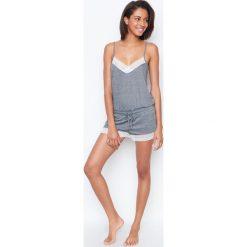 Etam - Kombinezon piżamowy. Szare piżamy damskie Etam, l, z dzianiny. W wyprzedaży za 99,90 zł.