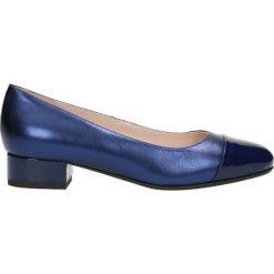Czółenka MIHO. Niebieskie buty ślubne damskie Gino Rossi, z lakierowanej skóry, na obcasie. Za 199,90 zł.