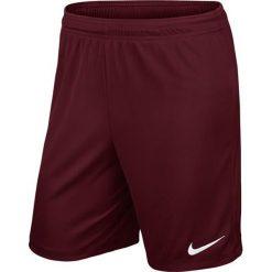 Nike Spodenki piłkarskie Park II M bordowe r. M (725887-677). Czerwone spodenki i szorty męskie Nike, sportowe. Za 45,73 zł.