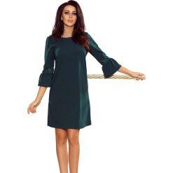 Zielona Sukienka Wizytowa z Koronką na Rękawie. Fioletowe sukienki koktajlowe marki Reserved, z falbankami. Za 139,90 zł.