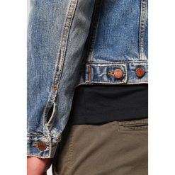 Nudie Jeans BILLY Kurtka jeansowa shimmering indigo. Niebieskie kurtki męskie jeansowe marki Reserved, l. Za 709,00 zł.