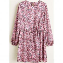 Mango - Sukienka Fudi. Różowe długie sukienki marki Mango, na co dzień, l, z poliesteru, casualowe, z okrągłym kołnierzem, z długim rękawem. Za 199,90 zł.