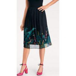 Odzież damska: Spódnica w kolorze czarnym ze wzorem
