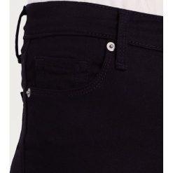 GAP SCULPT SKINNY Jeans Skinny Fit black. Czarne jeansy damskie GAP. W wyprzedaży za 179,40 zł.