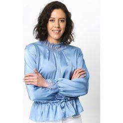Niebieska Bluzka Lace Trims. Czarne bluzki koronkowe marki bonprix. Za 39,99 zł.