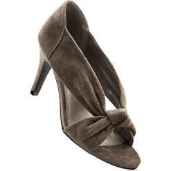 Czółenka z odkrytymi palcami bonprix koniakowy. Brązowe buty ślubne damskie bonprix. Za 89,99 zł.