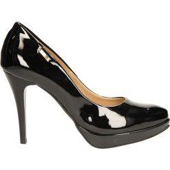 CZÓŁENKA LAURA MESSI 550. Czarne buty ślubne damskie Casu, na koturnie. Za 209,99 zł.