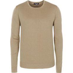Swetry klasyczne męskie: Sweter w kolorze ciemnobeżowym