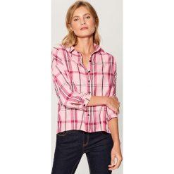 Koszula w kratę - Różowy. Czerwone koszule damskie marki Mohito, z bawełny. Za 99,99 zł.