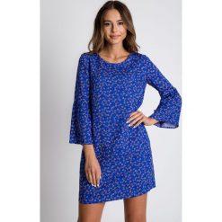 Sukienki: Niebieska sukienka w drobne kwiaty BIALCON