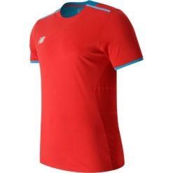 Koszulka treningowa - MT630145ACC. Czerwone koszulki do piłki nożnej męskie marki New Balance, na jesień, m, z materiału. Za 129,99 zł.