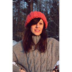 Czapka beanie pomarańczowa z wełną. Brązowe czapki zimowe damskie marki Pakamera, z wełny. Za 105,00 zł.