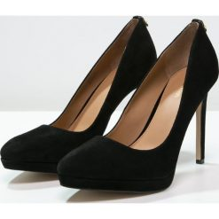 Calvin Klein SUZZANNE Szpilki black. Czarne szpilki Calvin Klein, z materiału. Za 769,00 zł.
