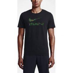 Koszulka Nike Tiempo Camo (835611-010). Zielone koszulki sportowe męskie marki Nike, m, z bawełny. Za 49,99 zł.