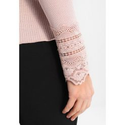 Bluzki asymetryczne: Rosemunde BENITA Bluzka z długim rękawem vintage powder