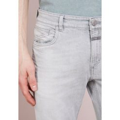Jeansy męskie regular: CLOSED UNITY SLIM Jeansy Slim Fit ultra faded