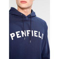 Penfield DWIGHT Bluza z kapturem navy. Niebieskie bluzy męskie rozpinane Penfield, m, z bawełny, z kapturem. W wyprzedaży za 343,85 zł.