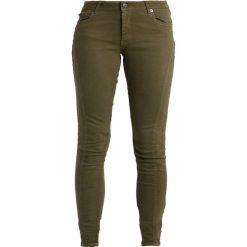 Jeansy damskie: Vero Moda VMFIVE CUTLINE  Jeans Skinny Fit ivy green