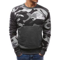 Bluzy męskie: Bluza męska z nadrukiem camo antracytowa (bx3471)