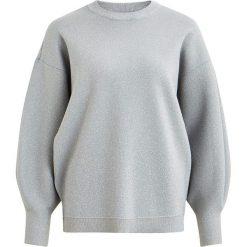 """Sweter """"Shine"""" w kolorze jasnoszarym. Szare swetry klasyczne damskie Object, xs, z okrągłym kołnierzem. W wyprzedaży za 108,95 zł."""
